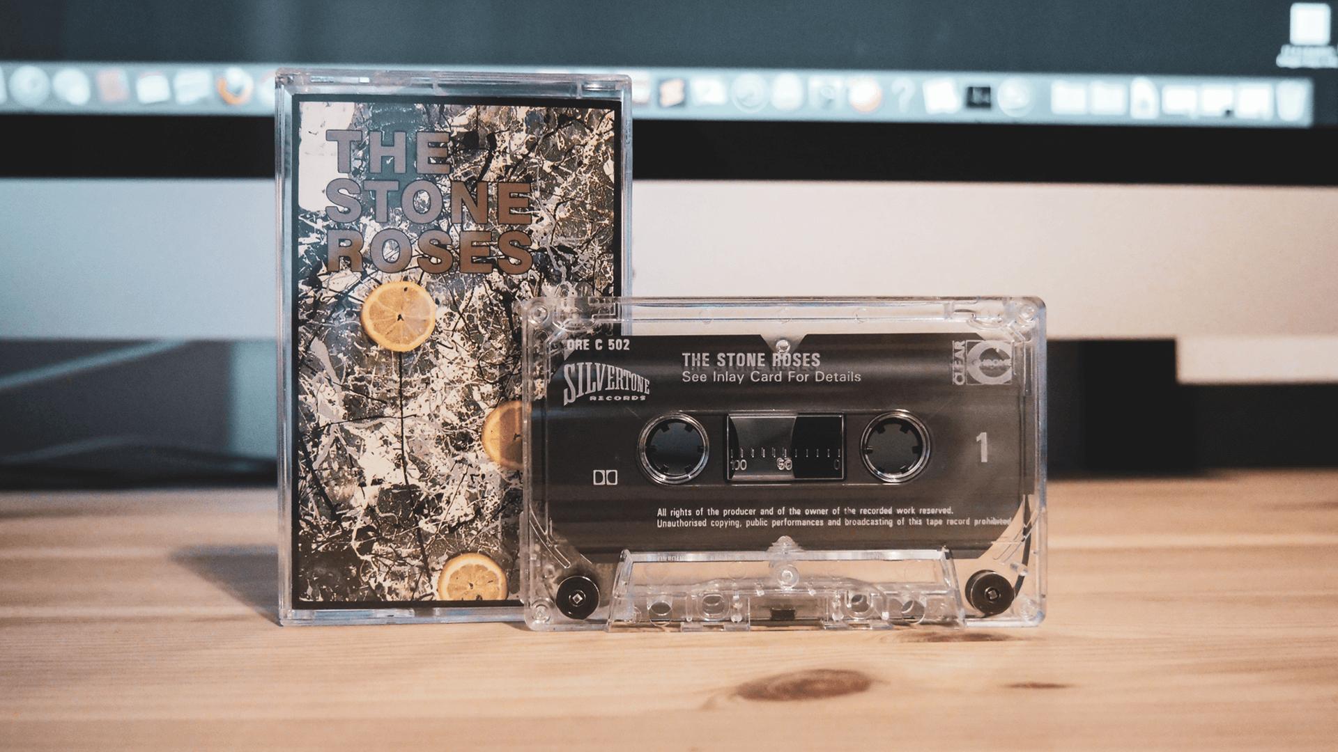 カッコよすぎる「THE STONE ROSES」のカセットテープ。