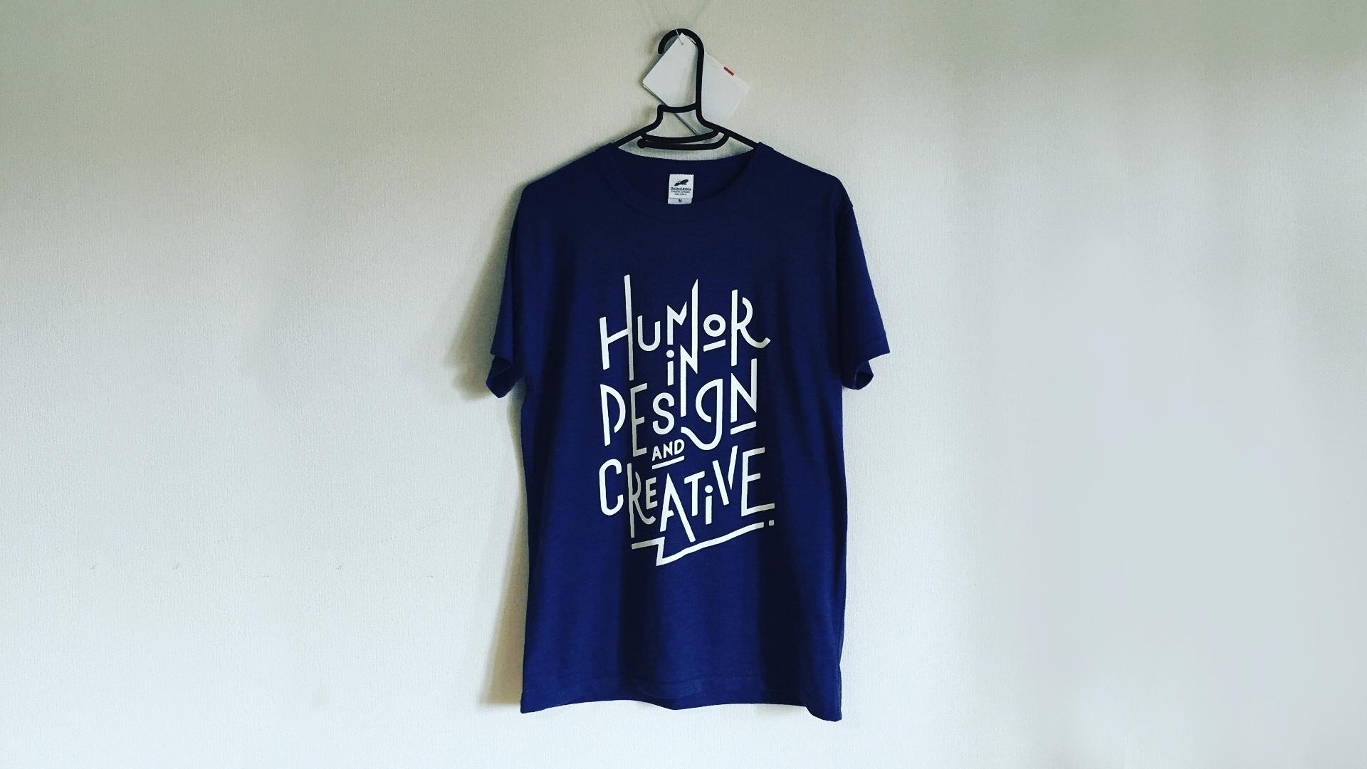 タイポグラフィをプリントしたオリジナルTシャツデザイン
