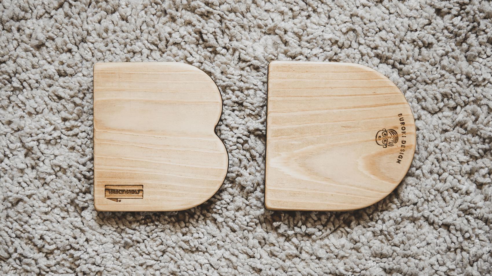 BUROKI designのオリジナル木製コースターの全体像 その1