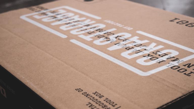 ツールボックスCRASTORAGEのスリーブパッケージデザイン