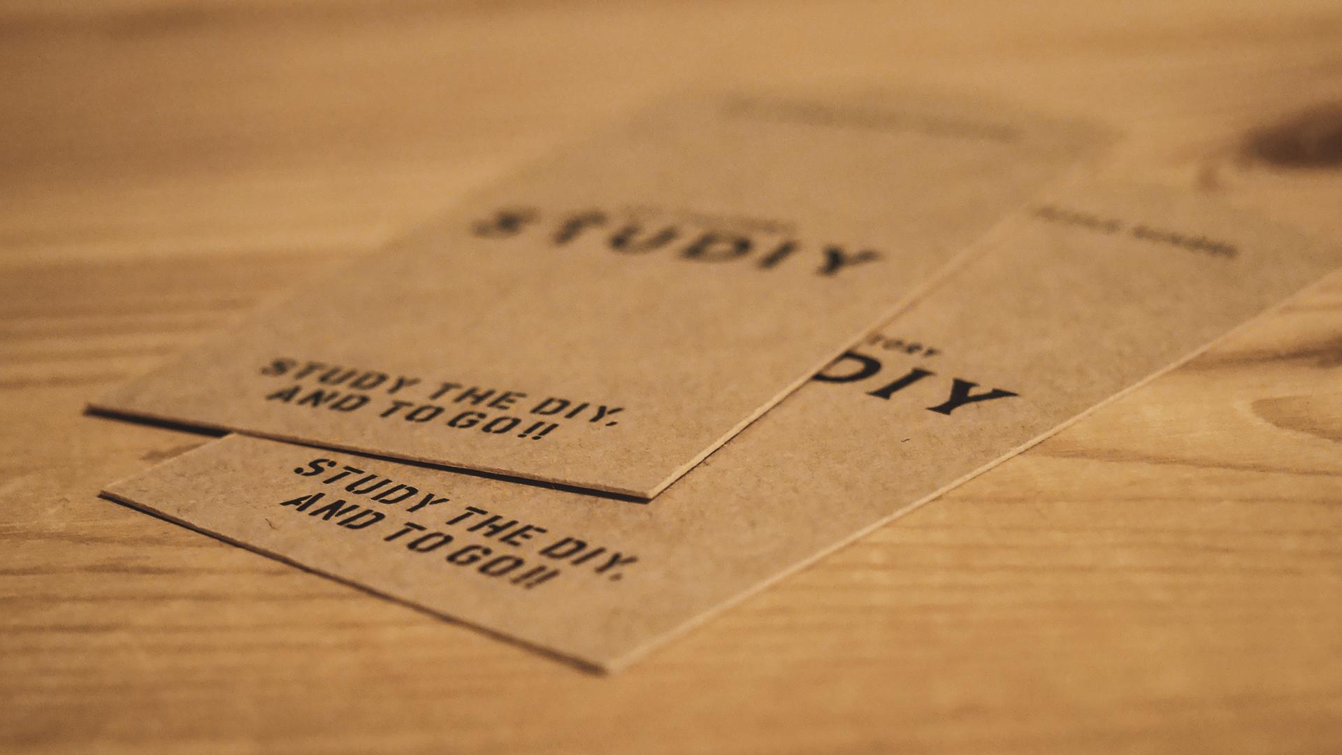STUDIYショップカードのデザイン