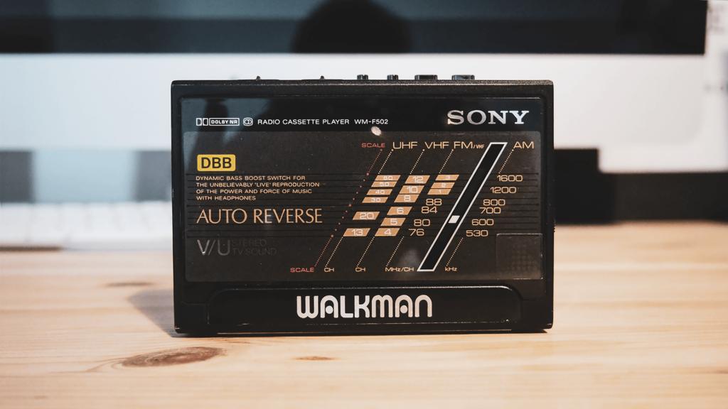 日本橋で購入したカセットプレーヤー WALKMAN WM-F502