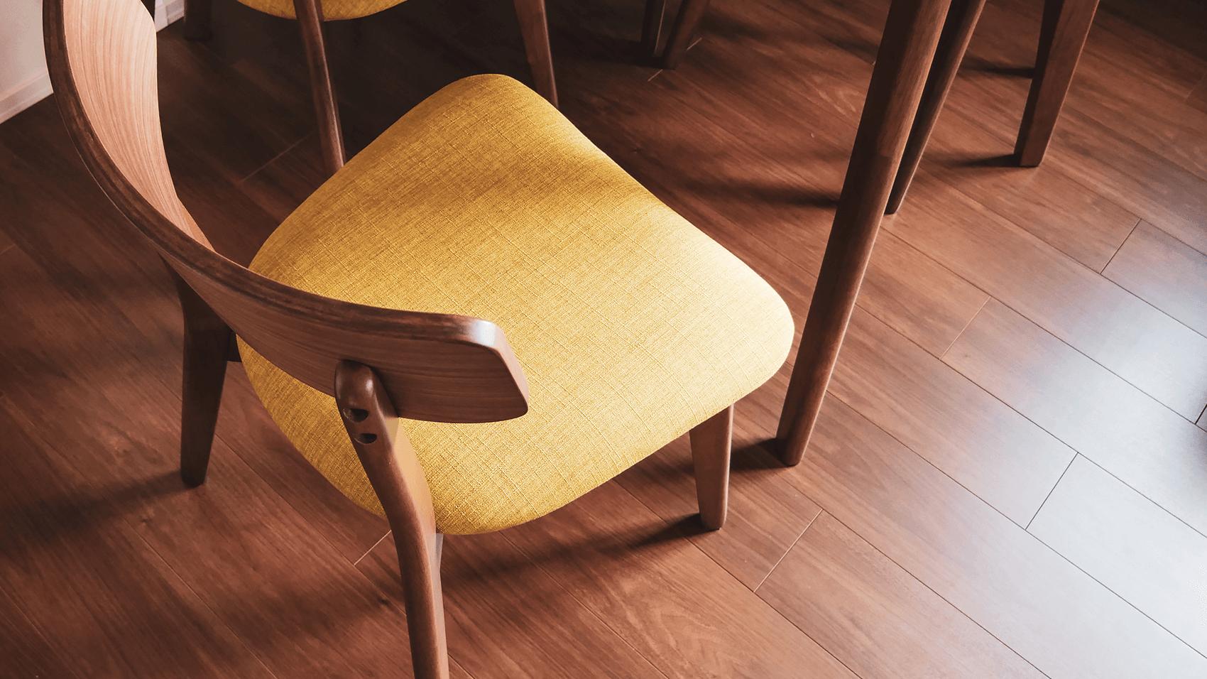 椅子のカラーリング