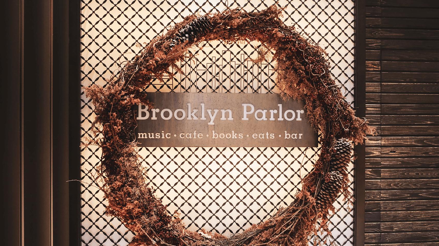 Brooklyn Parlorのリース看板