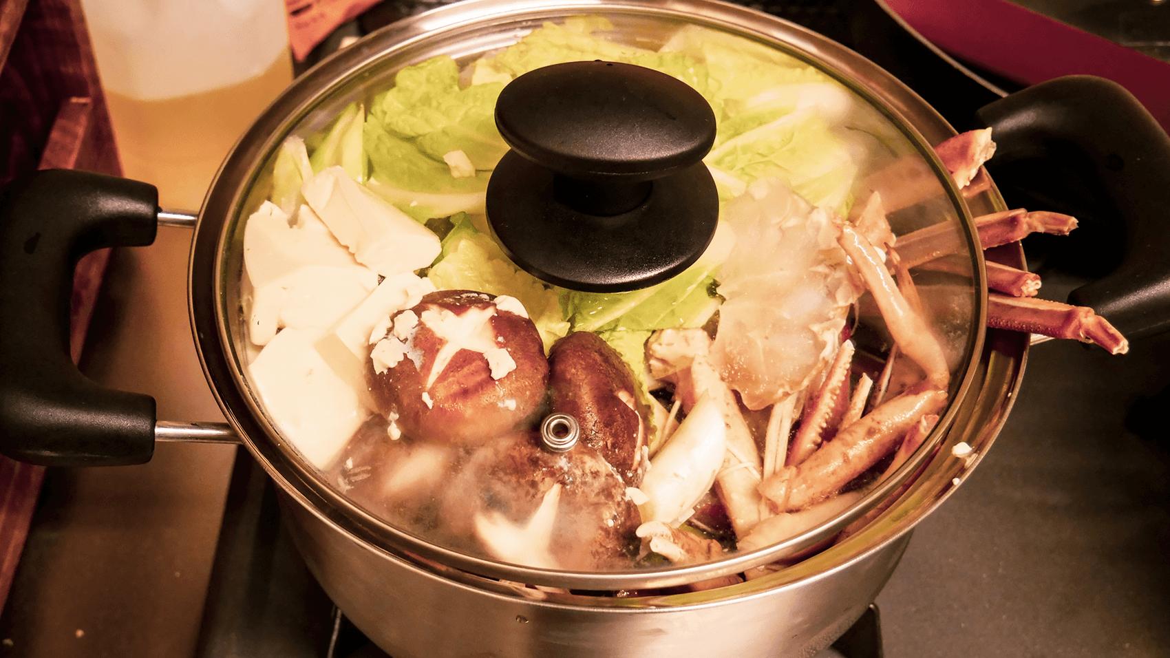 加熱前のカニ鍋