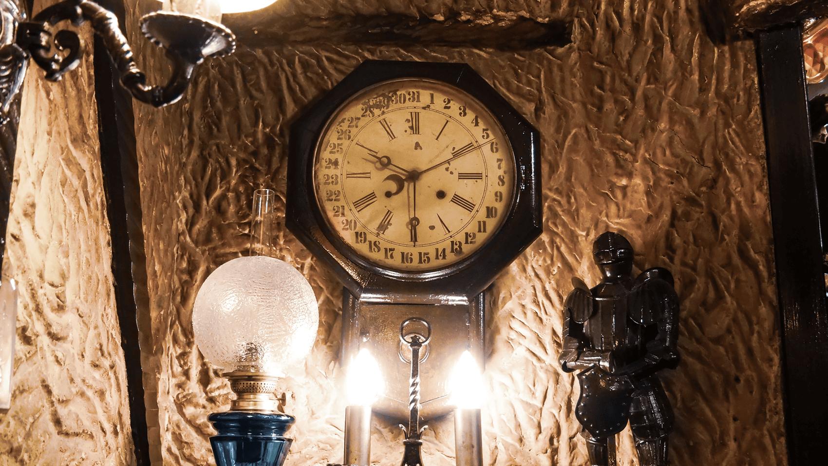 昔ながらの古時計