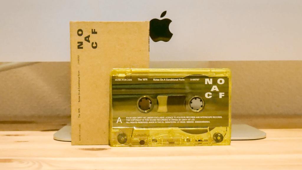 限定1000本!The1975のカセットテープ「Notes On A Conditional Form」