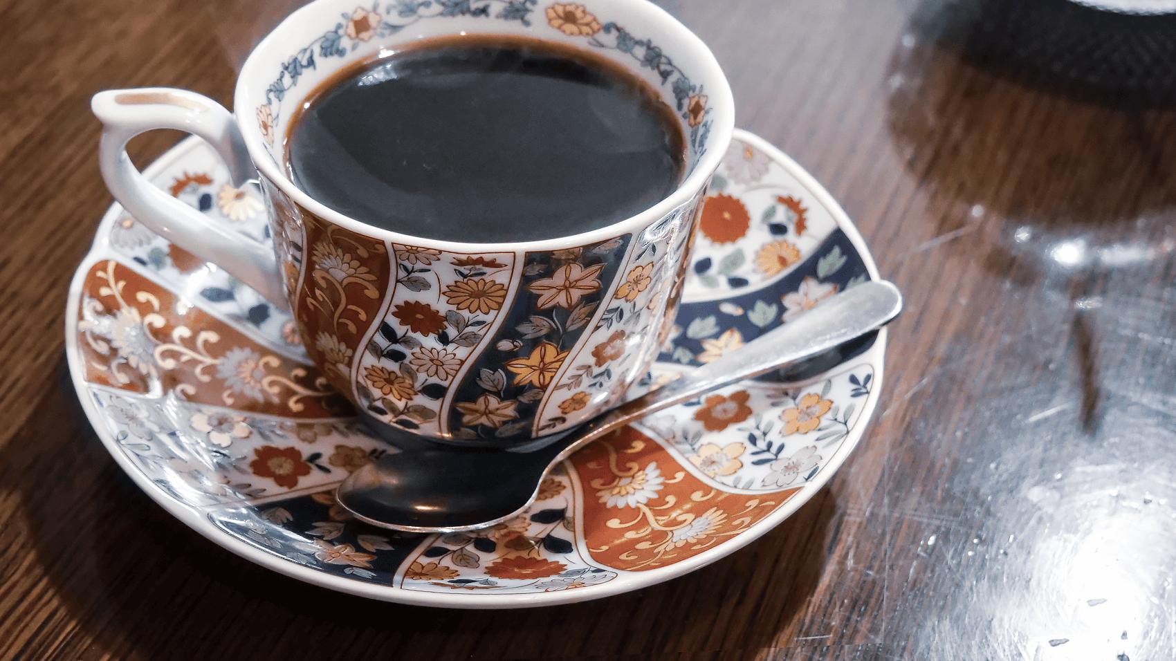 喫茶さいわいのホットコーヒー