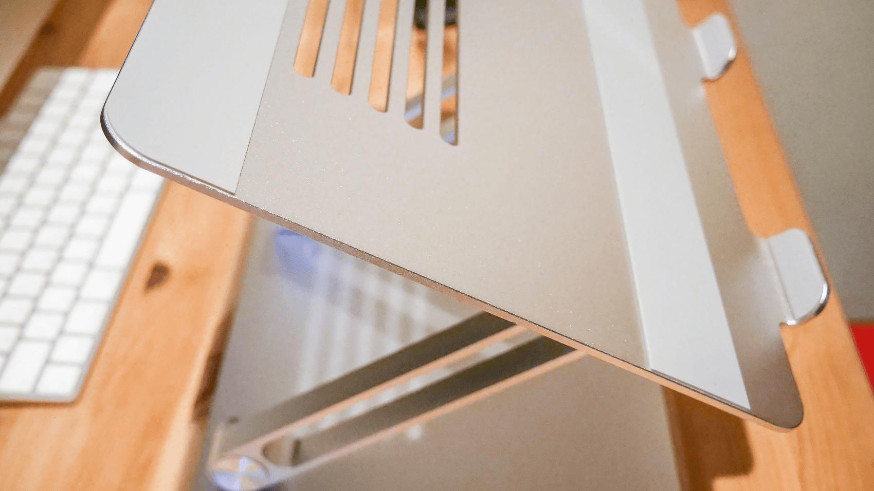 パソコンスタンドの天板